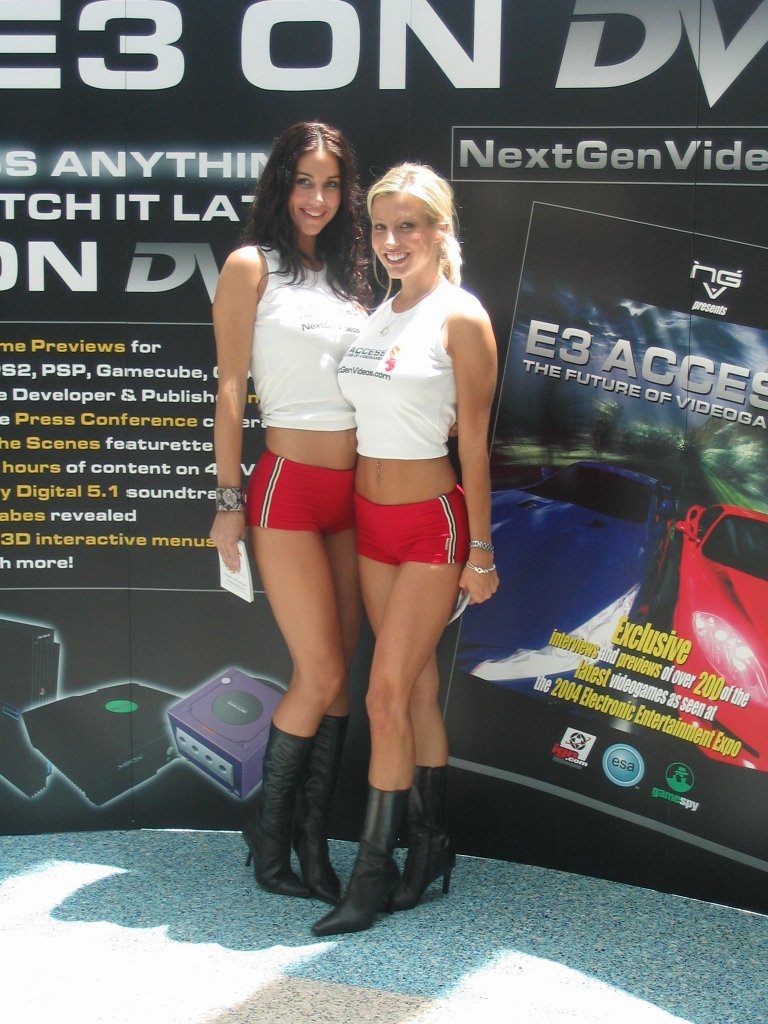 Babes pic n videos for psp
